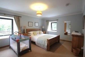 Coach-house-bedroom5
